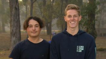 В Австралии подросток нырнул в грязь, чтобы спасти кенгуру